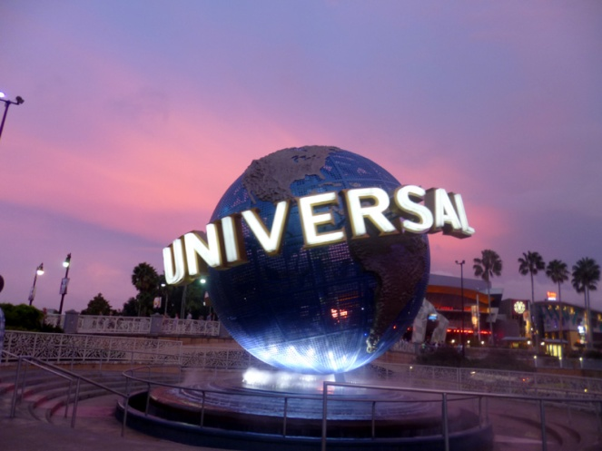 universal globe, orlando, florida