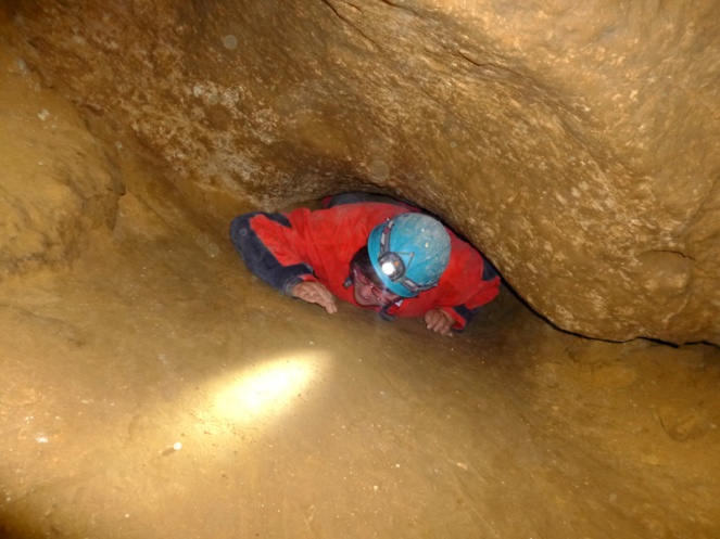 caving under budapest adventure hungary