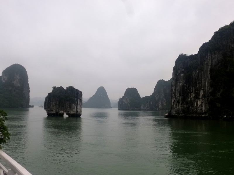 halong bay, best scenery ever, vietnam