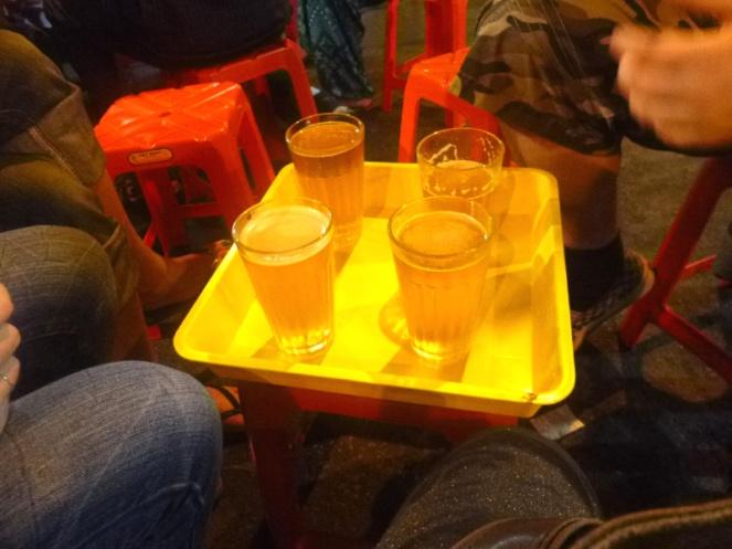 bia hoi, street corner beer, hanoi, vietnam
