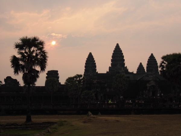 angkor wat, sunrise, siem reap, cambodia