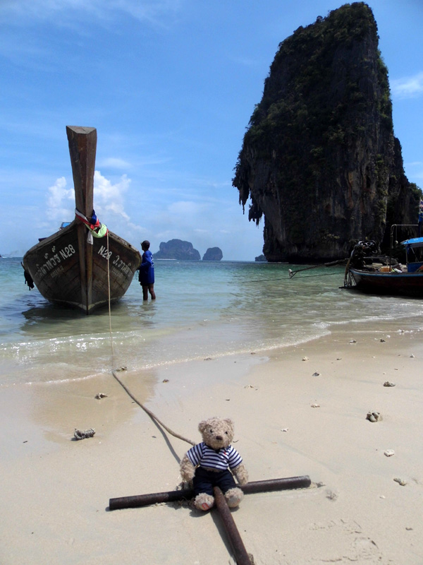 gulliver, phranang beach, railay, ao nang, thailand, longtail boat