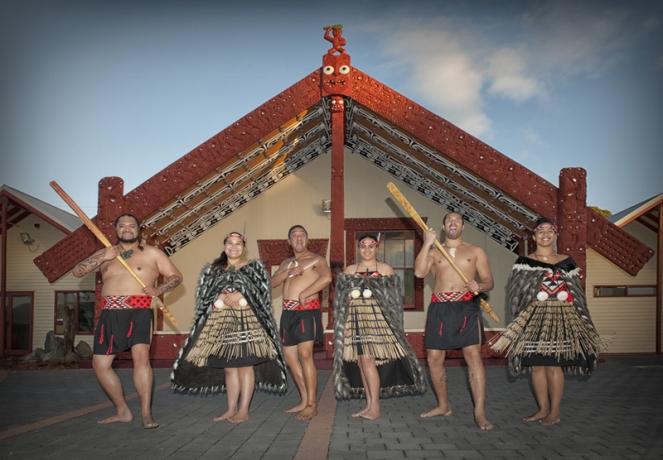 Whakarewarewa_Thermal_Village_1024