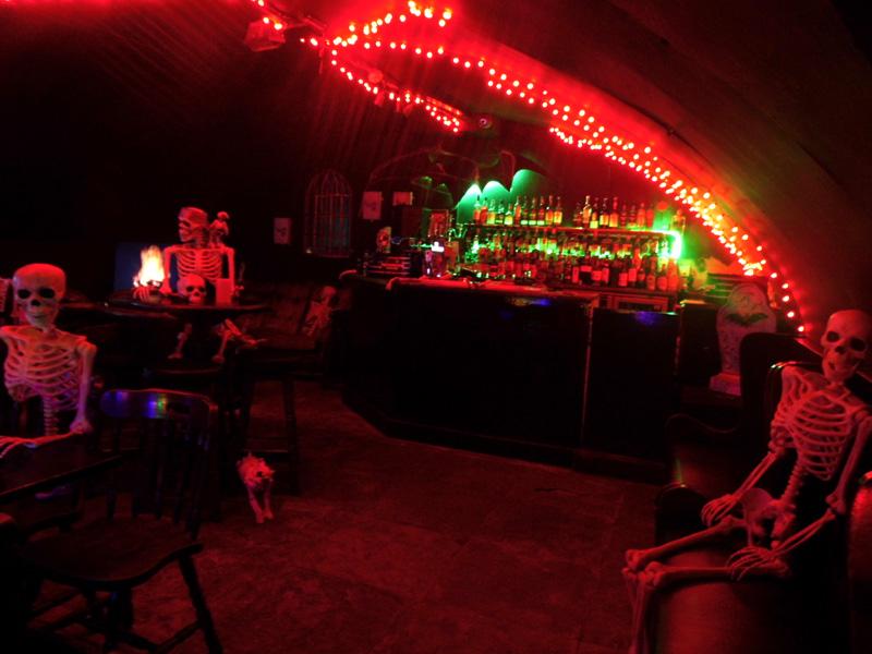 banshee labyrinth, skeletons, most haunted pub in scotland, edinburgh