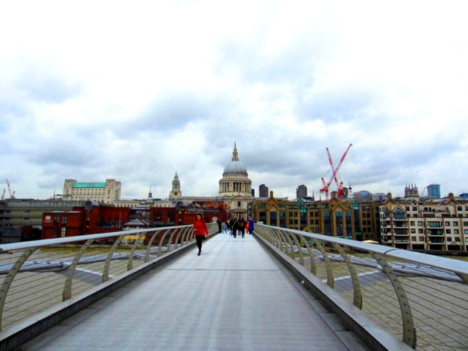 st paul's cathedral, london, millennium bridge