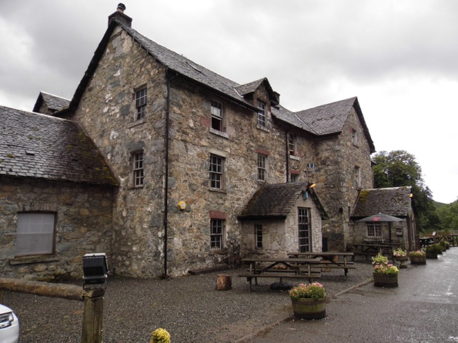 Drovers Inn, awesome 300-year-old pub in Loch Lomond, Scotland