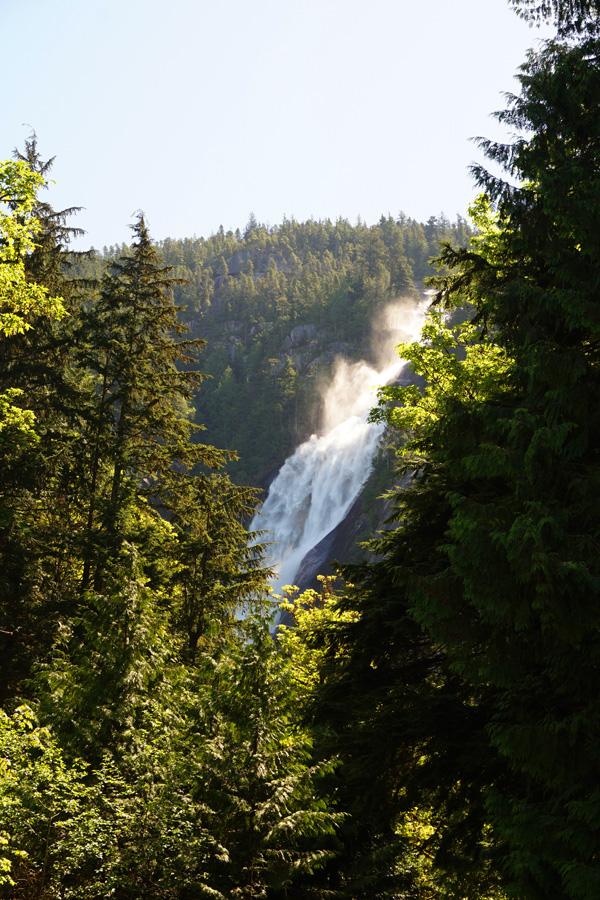 Shannon Falls, Squamish, BC, Canada