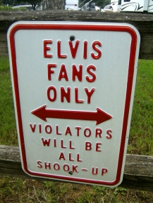 Elvis fans only sign, Graceland campsite, USA