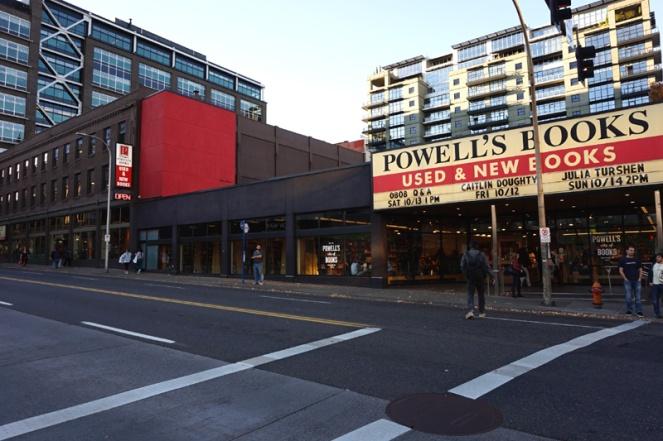 Powell's City Of Books, Portland, Oregon