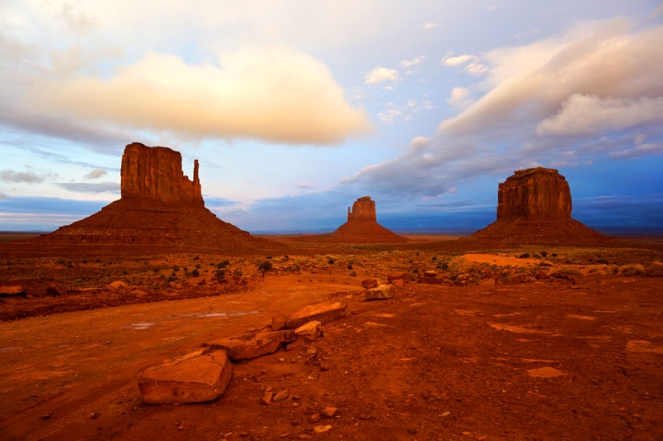 Sunset, Monument Valley, Utah, USA