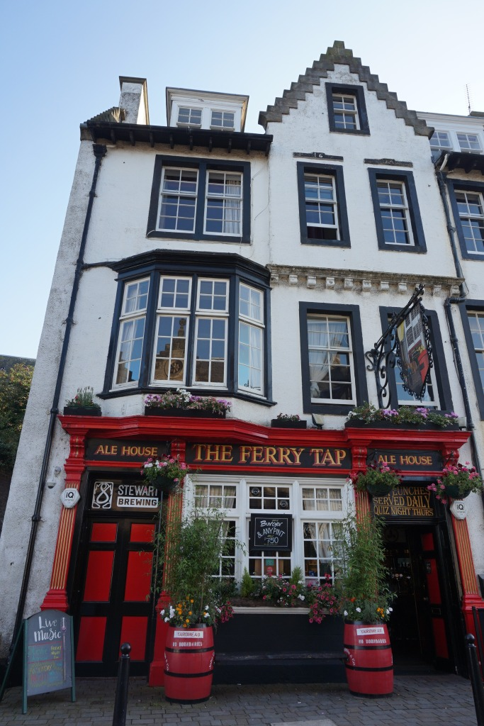 The Ferry Tap pub, South Queensferry, Scotland