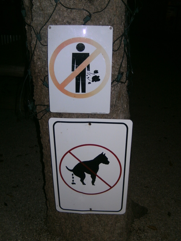 No farting or dog poo - bar in Texas